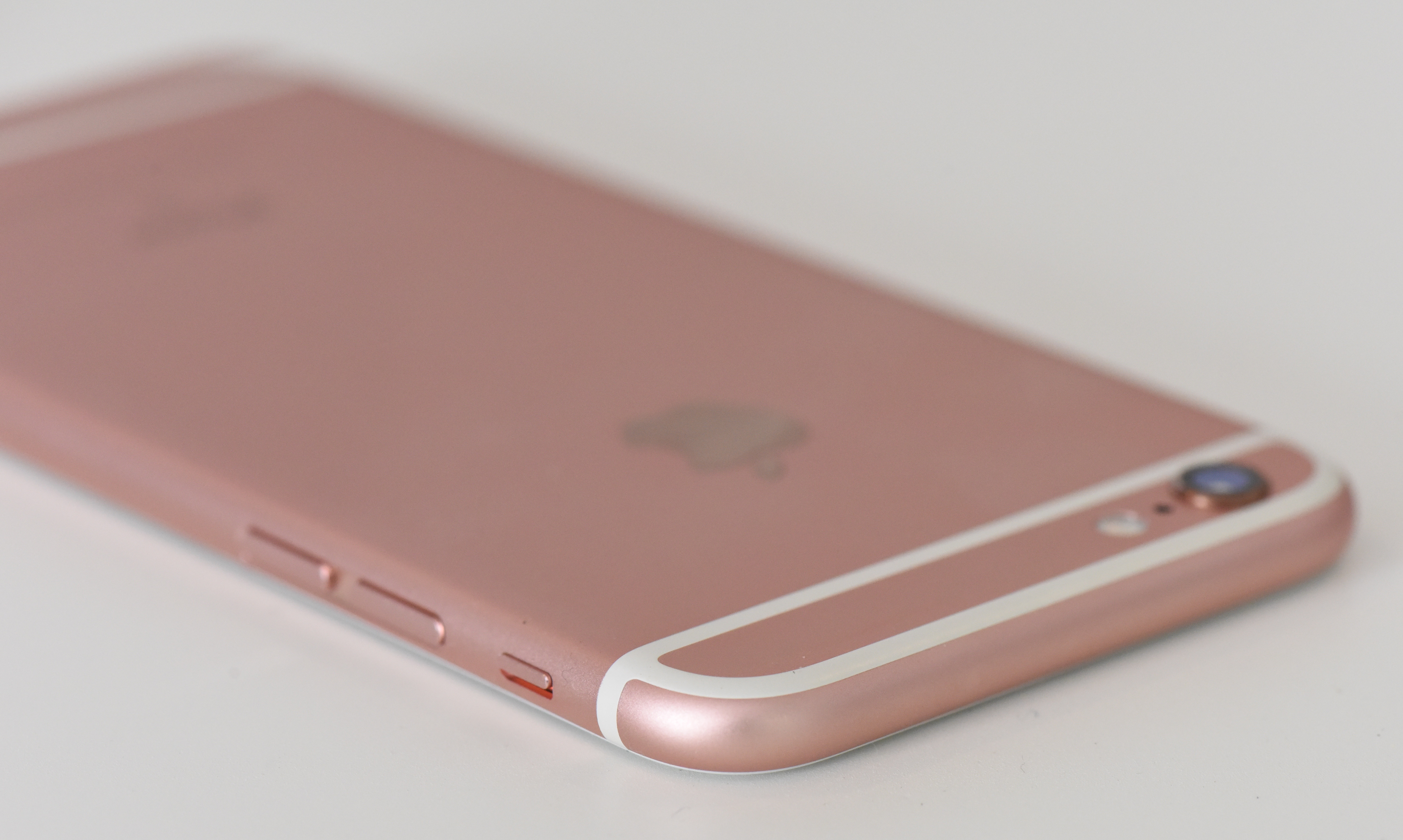 how to find the rose gold iphone 6s in stock. Black Bedroom Furniture Sets. Home Design Ideas