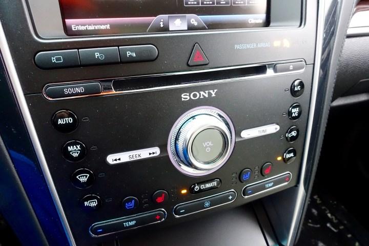 2016 Ford Explorer Platinum Review - 11