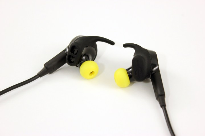 jabra-sport-pulse-headphones-9