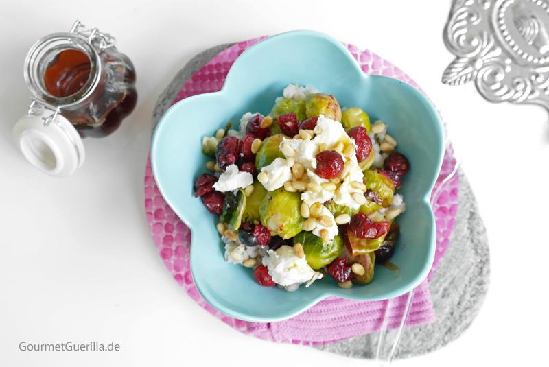 Warmer Salat mit Rosenkohl unf Cranberry #rezept #gourmetguerilla