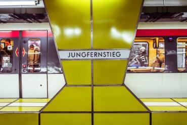 VisualFriday Hamburg Station Jungfernstieg |GourmetGuerilla.de