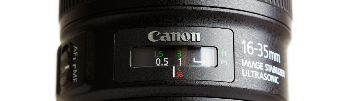 Canon-16-35mm-F4-IS-Review-Hands-On-vs-17-40-sharpness-design-12-close-up-focusing-window