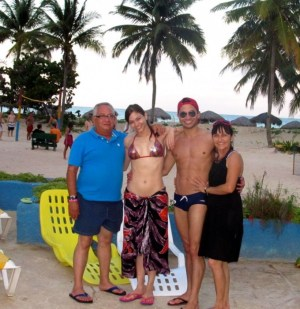 Yosvani Ramos and family