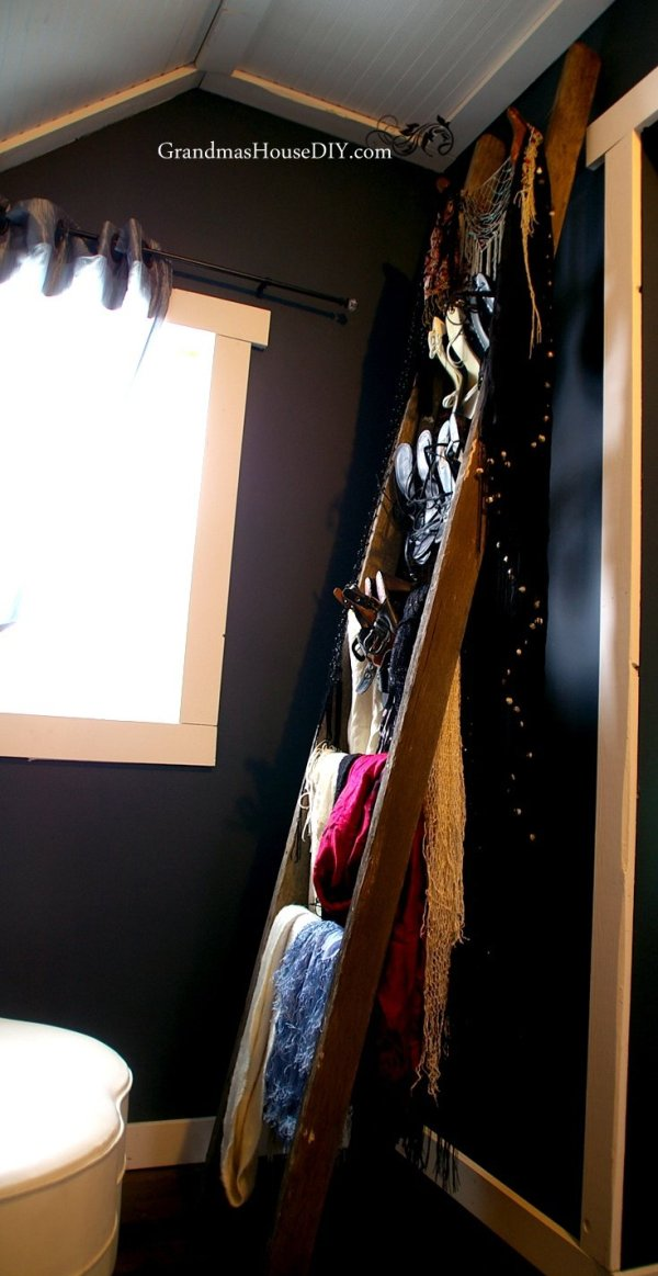 An old ladder off the farm is retired into a ladder shoe rack in our master bedroom closet @GrandmasHousDIY
