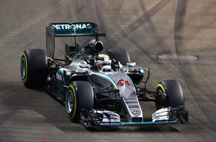 Lewis-Hamilton-F1-Grand-Prix-Singapore-2