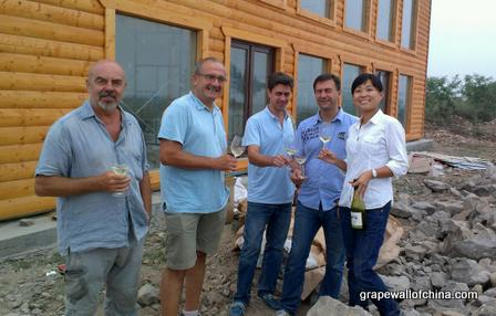 sidney blazek marc dworkin maros breda david kempf yanan hao at great river hill chateau nine peaks laixi shandong china