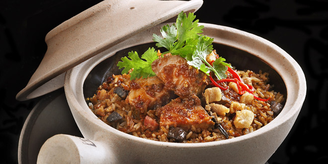 Claypot rice with five-spice pork at Ujong