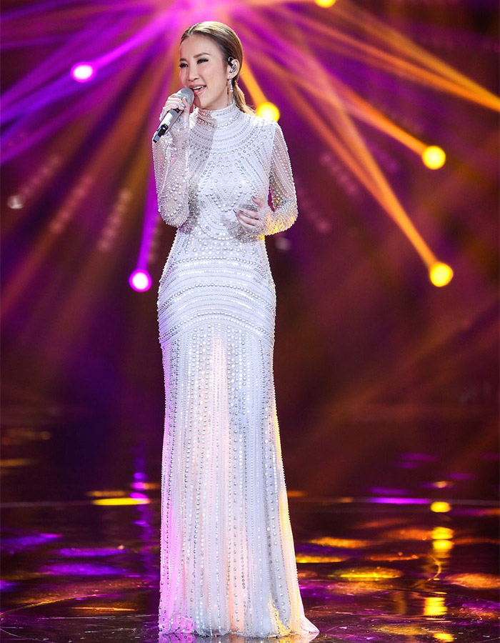 Coco Lee in I Am A Singer 4 Round 8