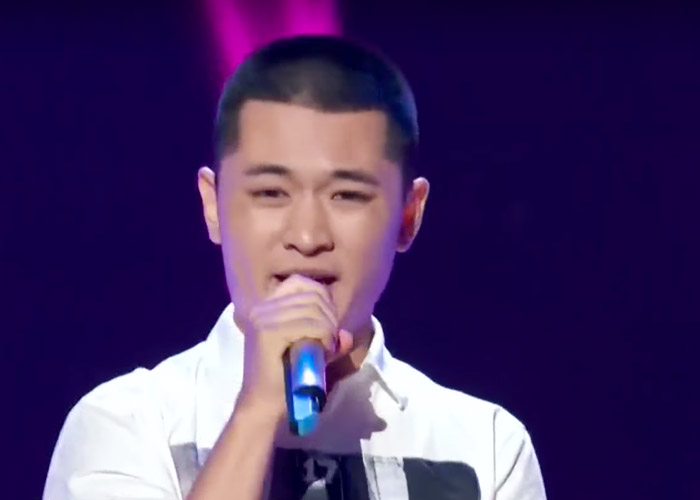 Zhao Xiao Xi performing Kiss on Sing! China
