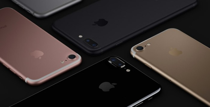 iPhone 7 and iPhone 7 plus launched