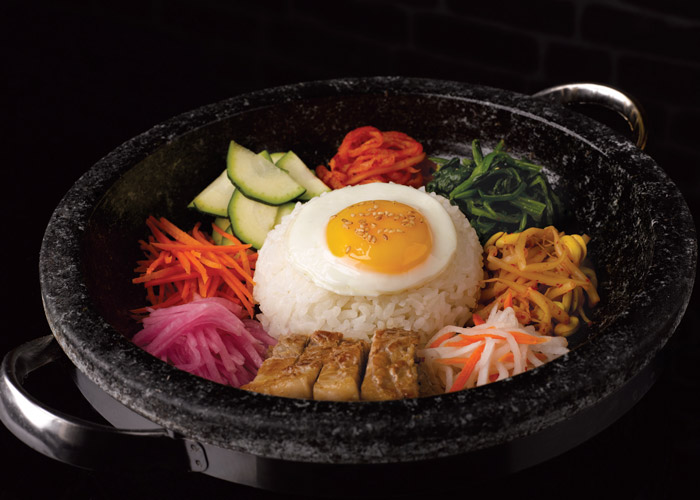 eight korean bbq - bibimbap $16