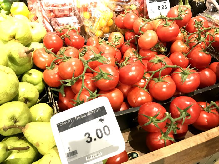 farm to table tomatoes