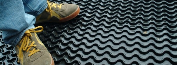 Rubber Floor Mat – Convenient Value