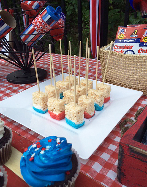 July 4th_rice krispes