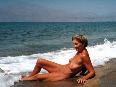 Beach gallery erection Nudist