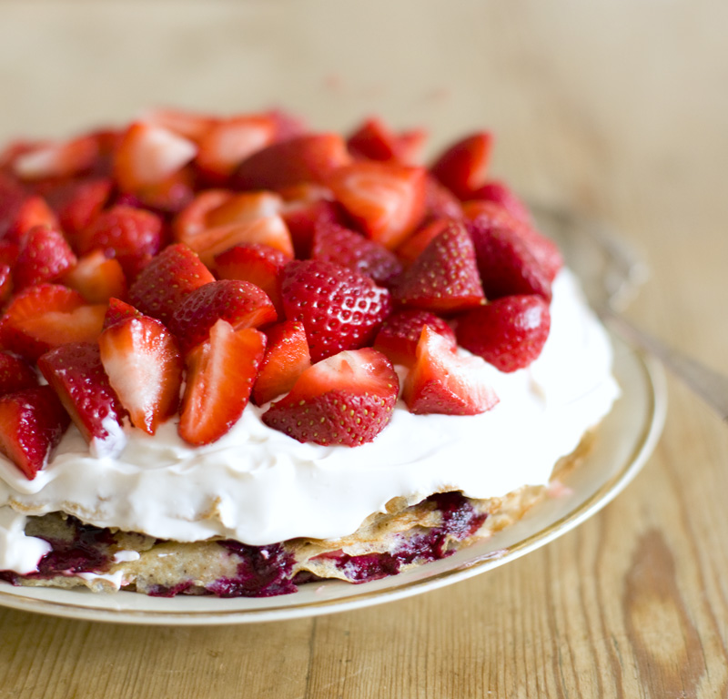 Strawberry_Pancake_Cake