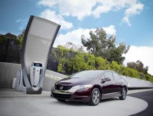 honda residential hydrogen refueler 300x227 Honda Planning to Market Solar Powered Home Based Hydrogen Refueler Starting 2015
