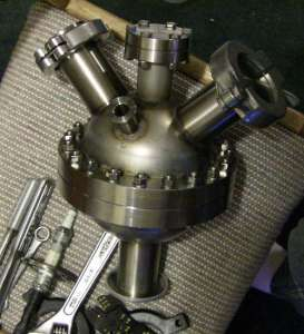 home made fusion reactor 273x300 How to Build a Home Made Fusion Reactor (No Kidding!)