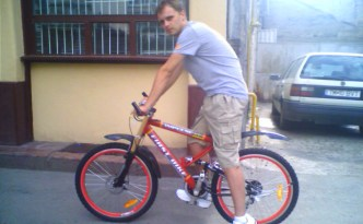 Me and my bike back in 2006, the day I bought it