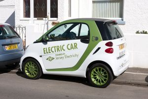 800px JEC electric car Hurricane Sandy – Do Plug In Vehicles Make Sense?