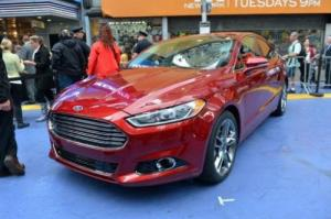 the2013fordf 300x199 Ford Fusion Receives Green Car of the Year Award at the LA Auto Show