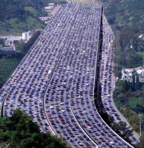 California Traffic Jam 293x300 California's City Planners Aim to Drastically Modify Suburban Paradigm