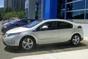 1024px DCA 06 2012 Chevy Volt 4036 300x200 GE Dropping Plans for 25,000 Electric Vehicles in Their Fleet