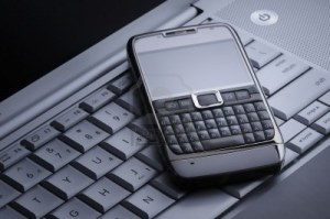 Laptop and Smartphone 300x199 Nanotechnology Used to Keep Electronic Devices From Overheating