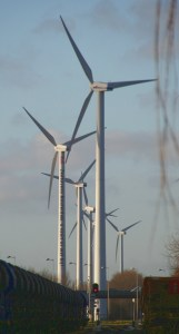 Eoliennes a Sloterdijk 161x300 Senator Wyden Calls For Equal Tax Treatment of Renewable Energy and Fossil Fuels