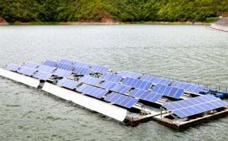 Floating_solar_array-537x288