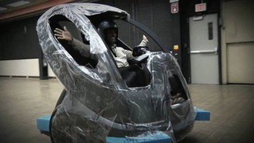 """""""Look Ma, No Hands"""": Will GM's New Self-Guided Electric Car Catch on in Macho Middle East?"""