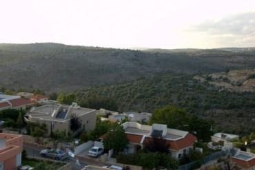 Kfar Vradim in the Galilee Cuts Back on Garbage