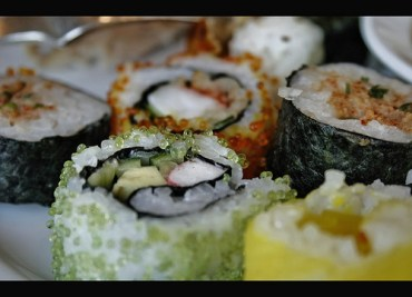 Sushi, Healthy or Risky – 3 Factors to Consider