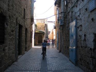 Why Israel Breathes Easy On Car-free Yom Kippur Day