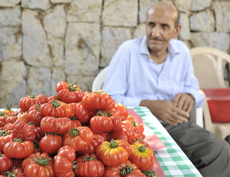 Beirut's Souk el Tayeb Farmer's Market Celebrates Healthy Local Food Traditions