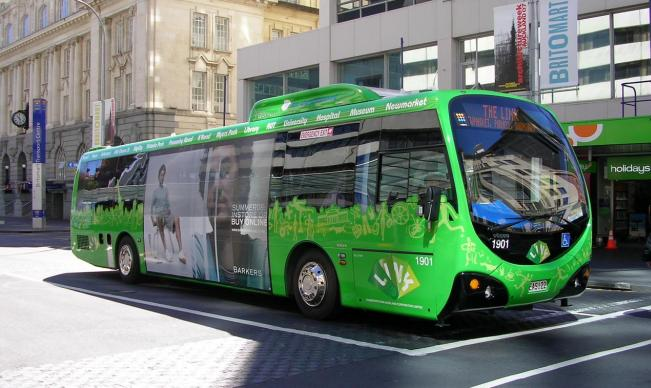 UAE To Get 300 New Electric Buses Each Year