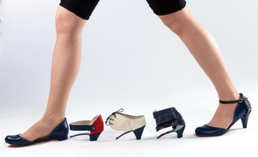 Change Your Shoes With the Click of a Heel