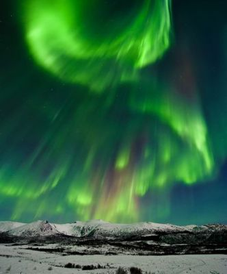 valentines-day-aurora-borealis