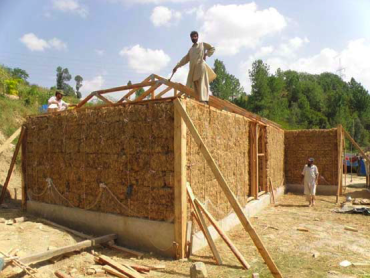 Micro-Financed Straw Houses For Pakistan Are Quake-Proof