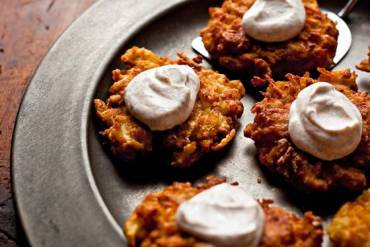 Apple-Potato Latkes for Hannukah, with cinammon cream RECIPE