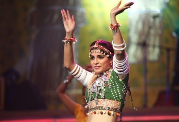 Dubai's Dancing Towards Fitness, Bollywood Style