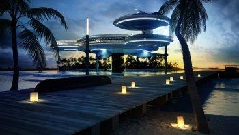 Underwater Discus Hotel