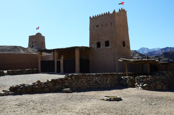 travel, nature, united arab emirates, al hayl fort, fujairah, earth architecture, green design