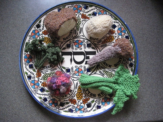 knitted seder plate middle east peace