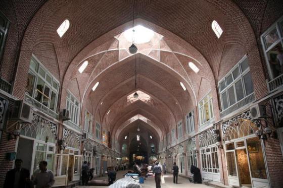 Tabriz bazaar iran Interior