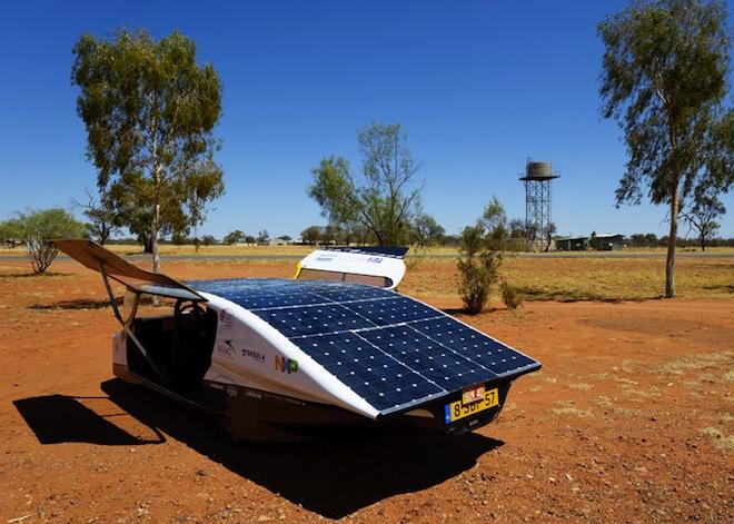 Stella, Solar-Powered Car, WSC13, Solar Team Eindhoven, Eindhoven University of Technology (TU/e), green transportation, solar car race, Australia