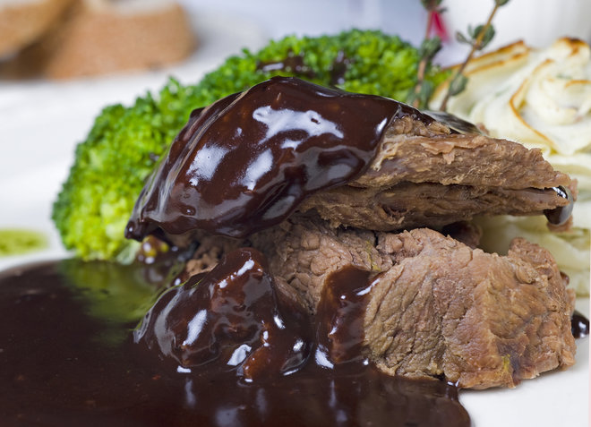 camel steak with chocolate sauce