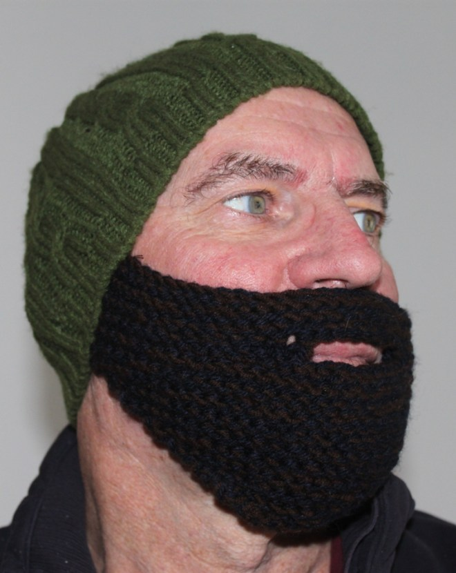 knit Arabic beard