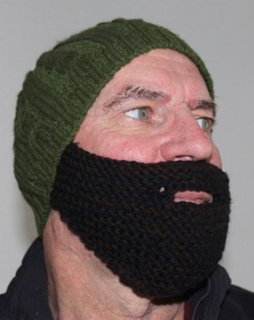 Grow a Middle Eastern Beard in Under 2 Hours! [knit pattern]