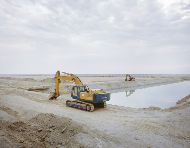 Dredging, Richard Allenby-Pratt, abu dhabi, mangrove, desert mangrove, environmental photography, environmental investigation, environmental degradation